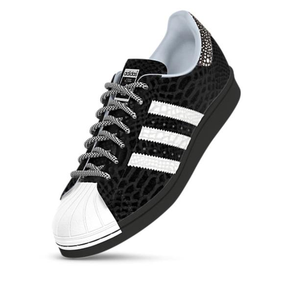 907190c411fa NWOT Customized Adidas Superstar 80 s Sneaker